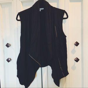 Super soft black vest with gold zipper